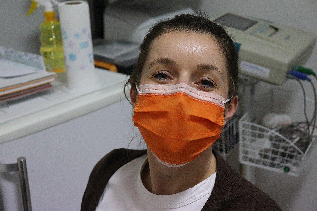 Coronavirus : confinement et port du masque généralisé