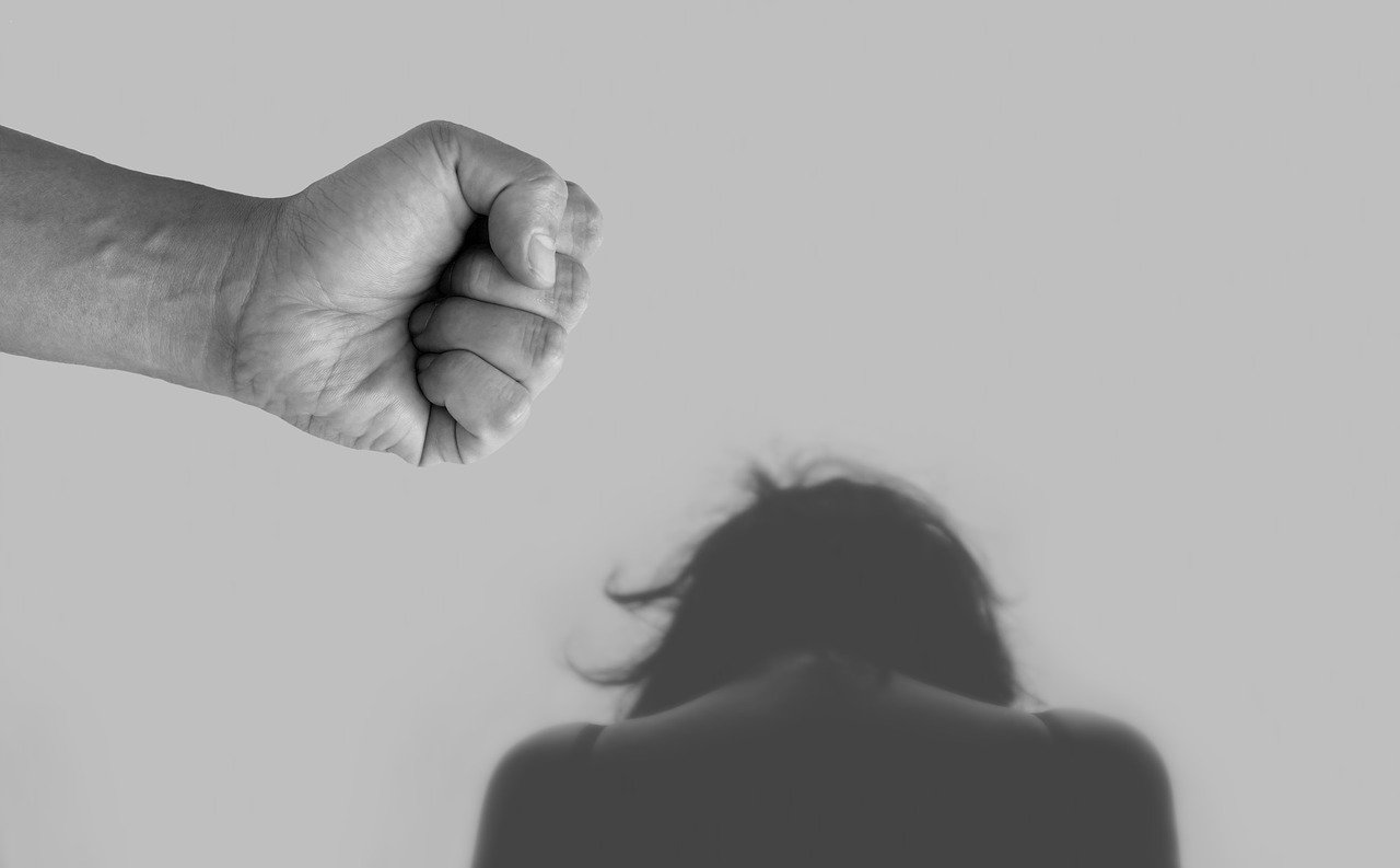Comment signaler un cas de violence conjugale ou intrafamiliale ?